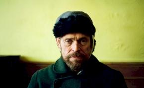 Willem Dafoe levágja saját fülét az új Van Gogh-film előzetesében