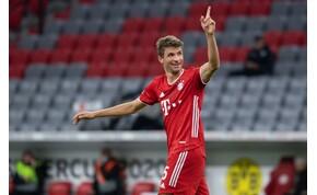 """A Bayern játékosa egy lóistállóban """"díjazta"""" a szezon legjobbjait"""
