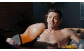 Hugh Jackman meztelenre vetkőzött egy csizmareklám kedvéért – videó