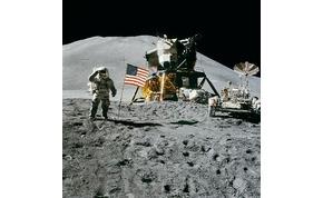 Embert temettek a Holdon, egy kráterben van a sírhelye