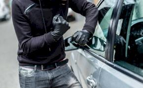 Rekordidő alatt lopták el az autót –videó