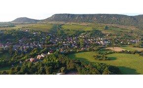 Egy kis magyar falu 1956-ban függetlenedett Magyarországtól?