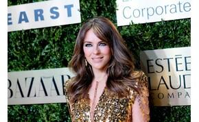 Elizabeth Hurley melle a legszexibb az 50-es klubban – válogatás