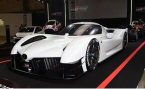 Januárban érkezik a Toyota új versenyautója