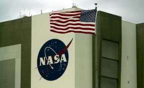 Indulhat a banzáj: itt a NASA halloweenre kiadott zenei válogatása