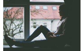 Így tesz depresszióssá a közösségi média – és így harcolhatsz ellene