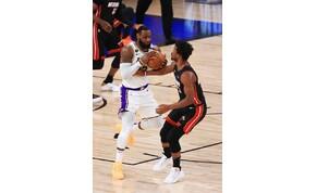 Karácsony előtt indulhat újra az NBA