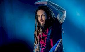 Justin Bieber feldolgozást készít a Korn gitárosa