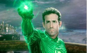 Ryan Reynolds ismét elvállalta a Zöld Lámpás szerepét?