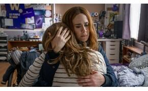 Mikor válik az anyai féltés mérhetetlen kegyetlenséggé? – Fuss-kritika