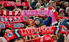 Lassan, de biztosan: visszatérhetnek a nézők a Premier League-be