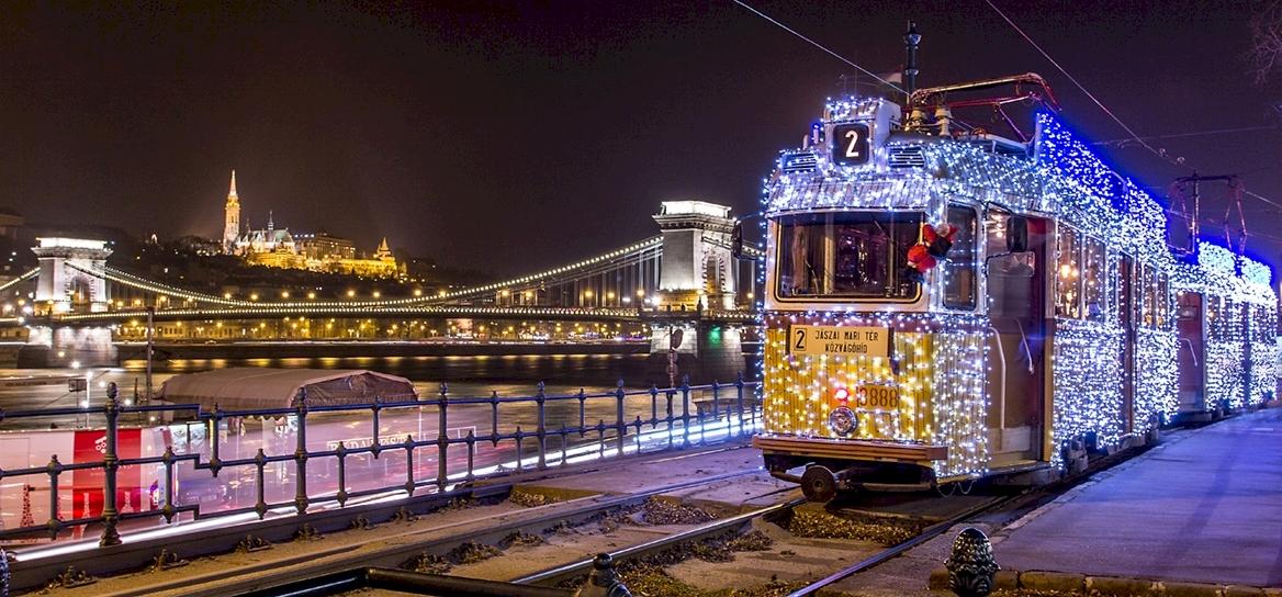 Így jár idén a budapesti fényvillamos