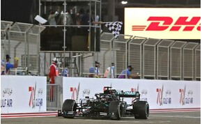 Hamilton nyerte az őrült versenyt - Grosjean brutális balesetet szenvedett!