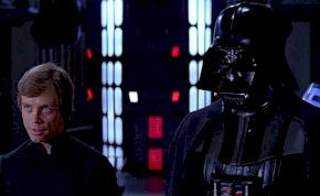 Így búcsúzik Luke Skywalker és George Lucas Darth Vadertől