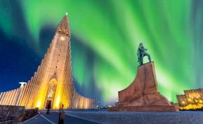 Lélegzetelállító fotó készült egy izlandi templomról