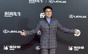 Jackie Chan 66 évesen is remek formában van – fotó