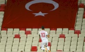 Szoboszlait beválasztották 2020 legjobb 100 játékosa közé