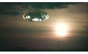 Két UFO jelent meg Hawaii felett, kitört a pánik – videó