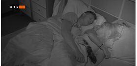VV10: VV Merci nem bírta visszafogni magát az ágyban – 18+