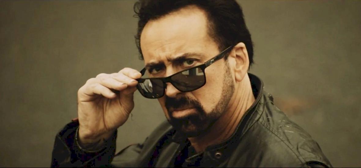 Nicolas Cage nem hazudtolja meg önmagát: robotikus bábokkal harcol az új filmjében – előzetes