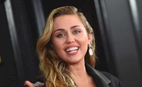Miley Cyrus ezentúl csak lányokkal kavar – azt is elárulta, hogy miért