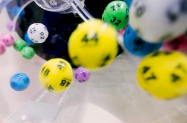 Ötöslottó: 33 milliomos született, nagy pénzt lehetett nyerni négy találattal is, sokan fognak örülni