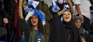 """""""A nőknek kötelességük férjük focicsapatának szurkolni, hogy elkerüljék a feszültségeket"""""""