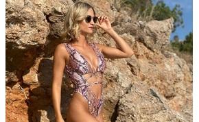 Sipos Viktória bikiniben, Cindy Crawford bugyiban pózolt a tengerparton – válogatás