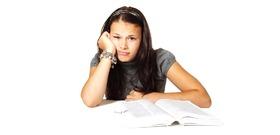 Kvíz: okosabb vagy, mint egy 12 éves diák? 10 brutálisan csőbehúzós kérdés, amelyen komolyan el kell gonolkodnod