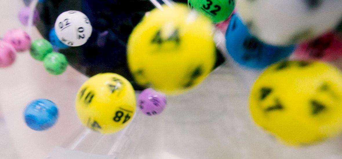 Ötöslottó: 20 embernek nagyon nagy szerencséje volt, ők sok pénzt nyertek