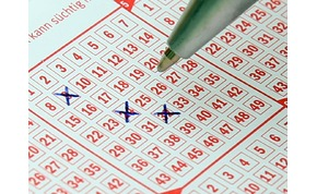 Óriási baklövés a lottósorsoláson: a férfi rossz számot húzott be, mégis nyert, nem is keveset