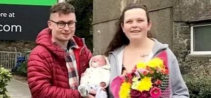 Nem tudta, hogy terhes - egy parkolóban szülte meg kisfiát