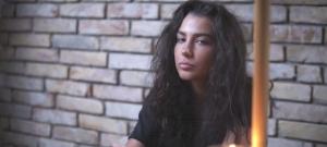 """Tóth Andi az új dalában vallotta be legféltettebb érzéseit: """"Nagyon kivagyok"""""""