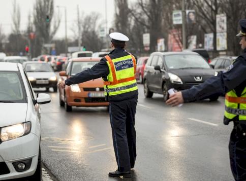 Sokakat érintő hírt közölt a rendőrség - erről jó, ha tudsz!