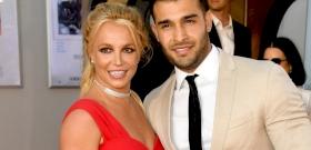 La pareja de 27 años de Britney Spears quiere un hijo con una estrella del pop