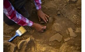 Elképesztő: eddig még nem ismert bibliai tekercseket találtak egy barlangban