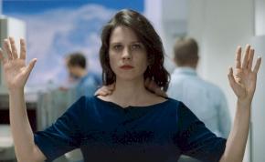 Horvát Lilit a legjobb rendezőnek választották Dublinban