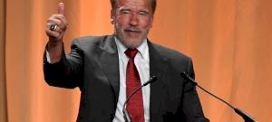 Az emberek döntöttek: Arnold Schwarzenegger kezelne legjobban egy valódi űrlény inváziót