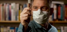 Sosem hallott dolog derült ki a koronavírusról, a tudósok összefüggést mutattak ki