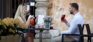 Áprilisban már kinyithatnak az éttermek teraszai? - válaszolt a miniszter