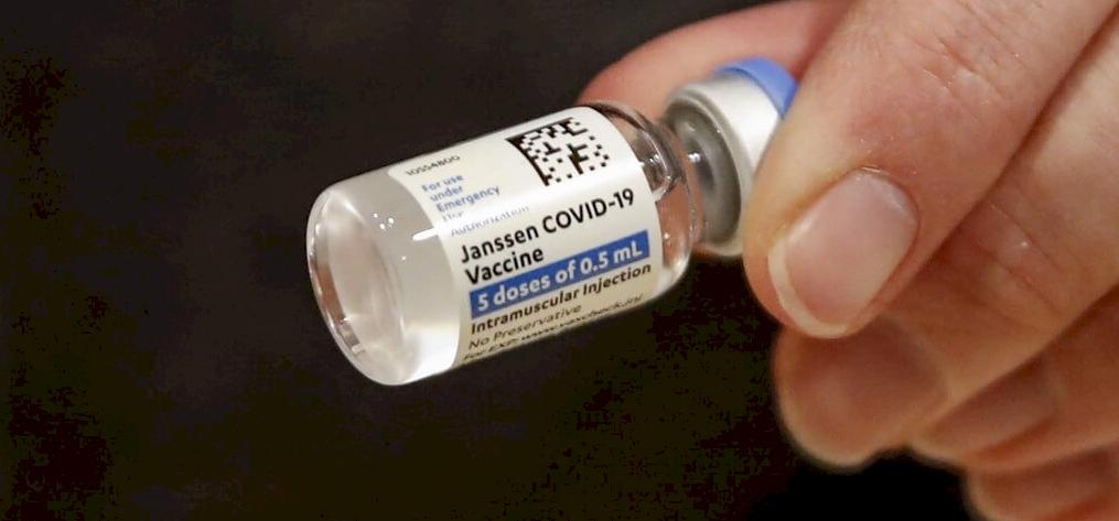 Az egész testén lehámlott a bőr a Johnson & Johnson vakcinájától – figyelem, sokkoló képek!