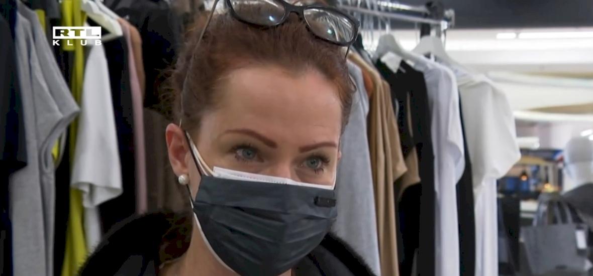 Amint megtörtént a nyitás, Dobó Kata rögtön ment is ruhát venni - videó