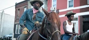Városi cowboy: sekélyes apa-fia dráma, ami lótrágyába lép – kritika