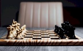 Ezzel a kütyüvel belőled is profi sakkozó válhat!