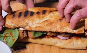 Az Aldi halrudas szendvicse annyira fullos, hogy még ebédre is jó lehet