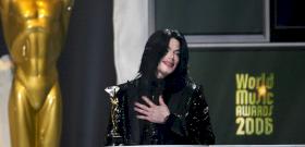 Michael Jackson szexuális zaklatási ügyeit továbbra is lesöprik az asztalról