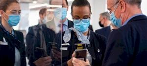 Nem utazhatnak nyáron a kínai vagy orosz vakcinával beoltott emberek?