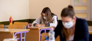 Újra bekavar a járvány: rossz hírt kaptak az érettségizők