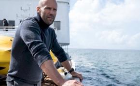 Hivatalos: Jason Statham visszatér a Meg folytatásában, hogy ismét óriáscápákkal harcoljon
