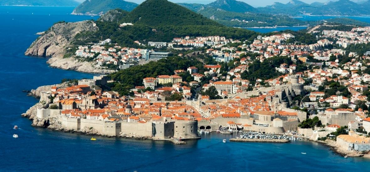 Akár egy oltással is mehetünk Horvátországba, de csak ebben az esetben